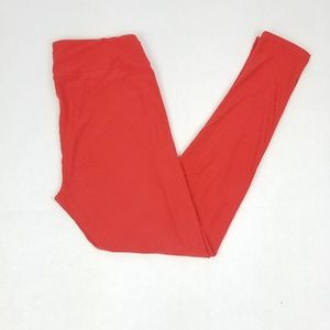 LuLaRoe TC Tall And Curvy Leggings Solid Soft Red